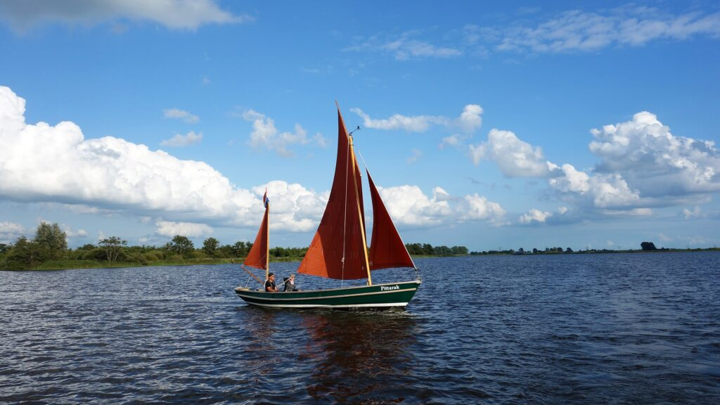 boot op het Friese meer